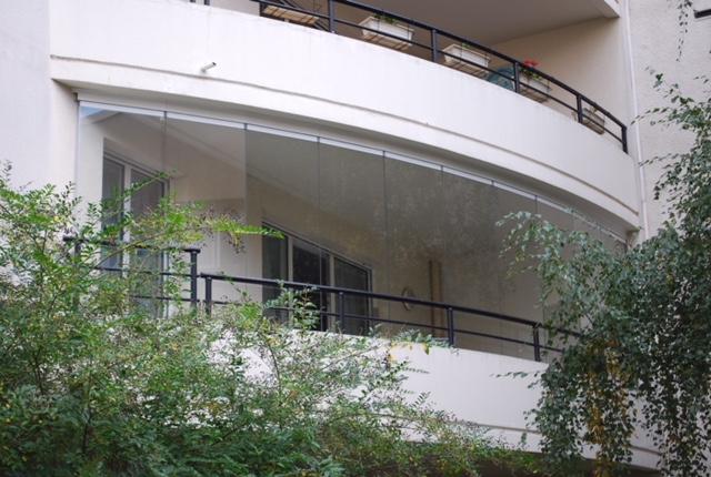 fermeture balcon paroi de verre