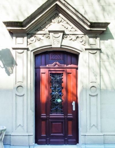 porte d'entrée bois sur mesure