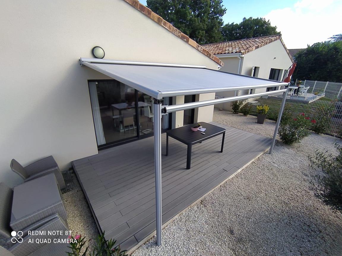 Pergola structure en aluminium store motorisé fabication française sur-mesure ral 9003